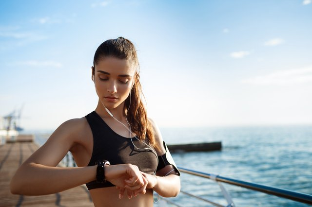 Best fitness watches 2021 Fitbit, Polar, Garmin - our expert reviews the most popular fitness trackers