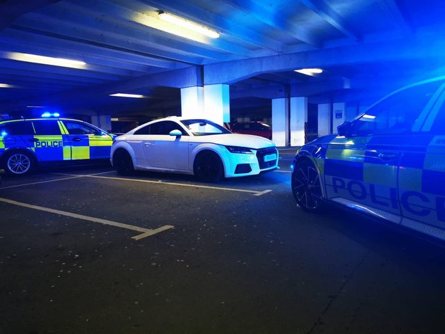 Police intercept and recover a stolen car and arrest five suspects. Photo by Leicestershire Police.