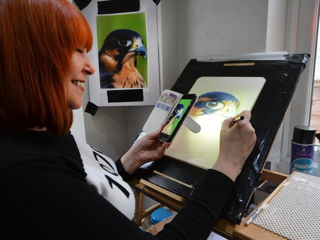 Suzi Player who is doing an online mentoring course in how to make art successful and profitable from her home in Market Harborough. PICTURE: ANDREW CARPENTER