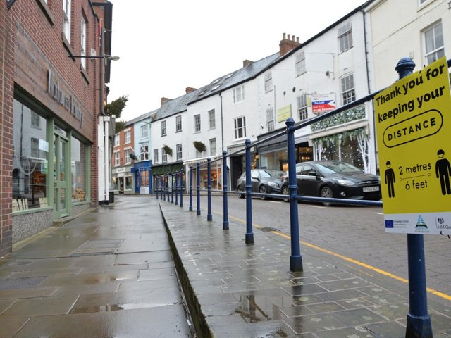 Sign of the times...Deserted streets during the start of the third lockdown in Market Harborough. These streets are now reopening as we ease out of lockdown. PICTURE: ANDREW CARPENTER