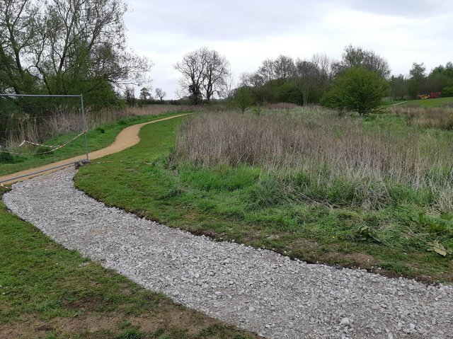Work is being carried out at Lutterworth Country Park to improve public access and prevent flooding.