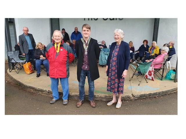 President-elect Gordon Etherington, president Darren Iliffe and past president Gillian Bindley.