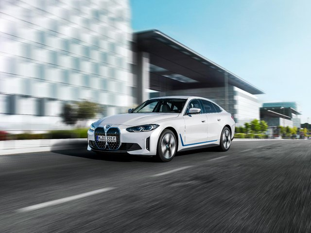 BMW i4 eDrive40